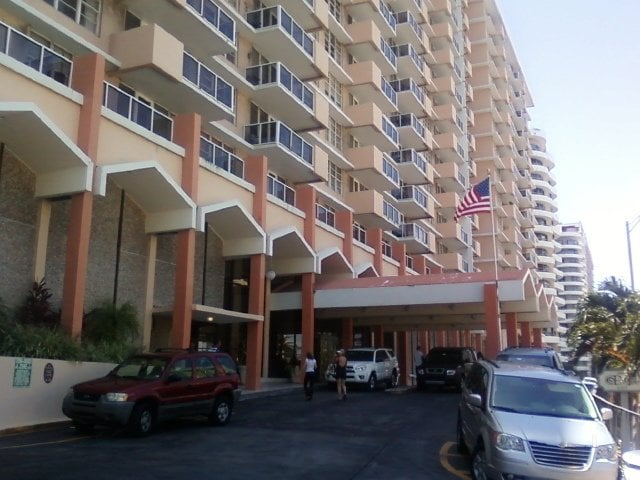 Pavilion Condominium Association Miami Beach Fl