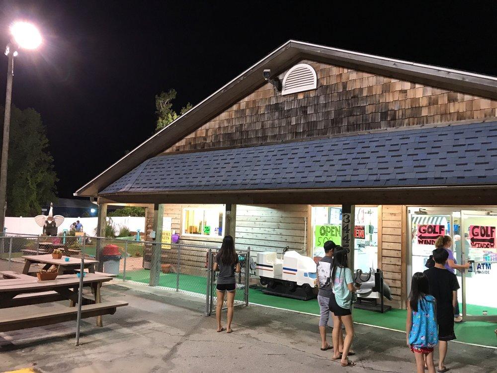 Treasure Island Miniature Golf & Family Gameroom: 3445 Holden Beach Rd SW, Supply, NC