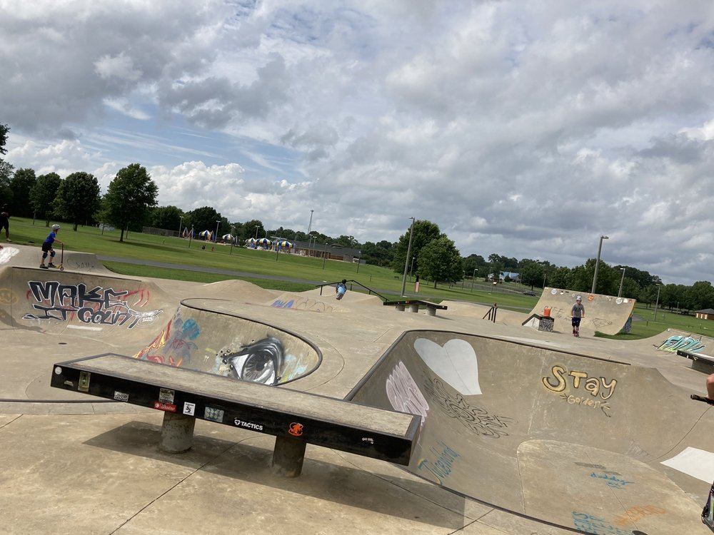 Palmore Skatepark: 3701 Fosters Ferry Rd, Tuscaloosa, AL