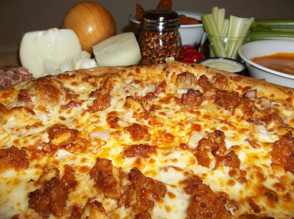 Paulanjo's Pizza: 3255 Main St, Mexico, NY