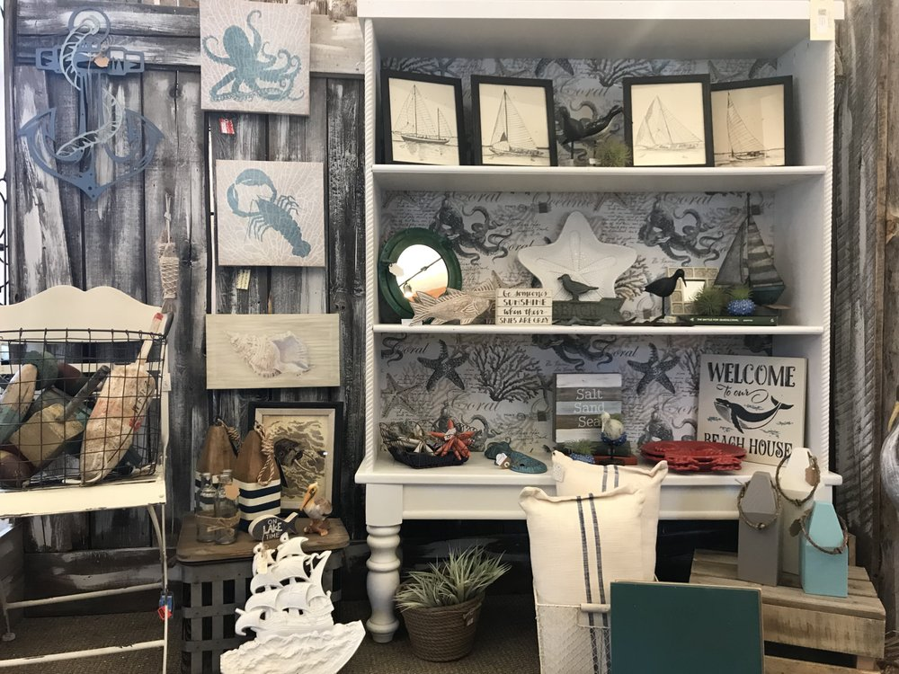 Kate's Flowers & Gifts: 109 W Riverview Ave, Soldotna, AK