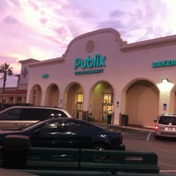 Publix Super Market At Island Village Shopping Center logo