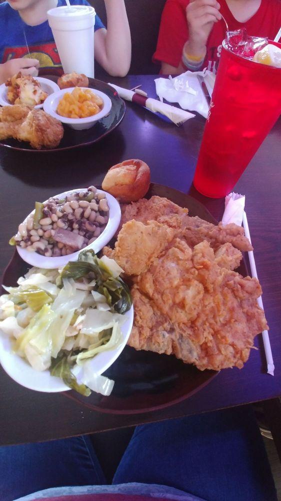 Thelma's Kitchen: 26 Mack St, Eufaula, AL