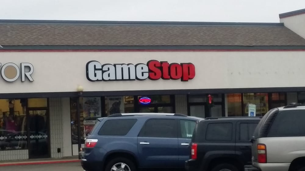 Gamestop: 152 W Roosevelt Rd, Villa Park, IL