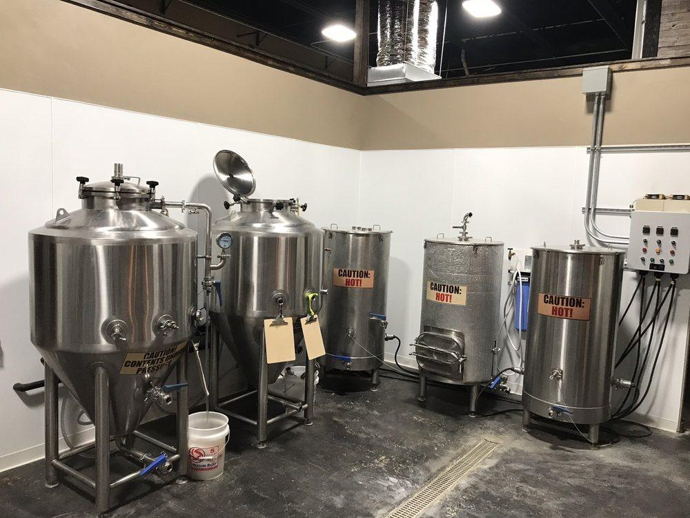 Settlers Brewing: 202 E Randolph Ave, Enid, OK