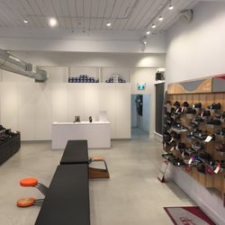 Photo Of The Right Shoe Company Vancouver Bc