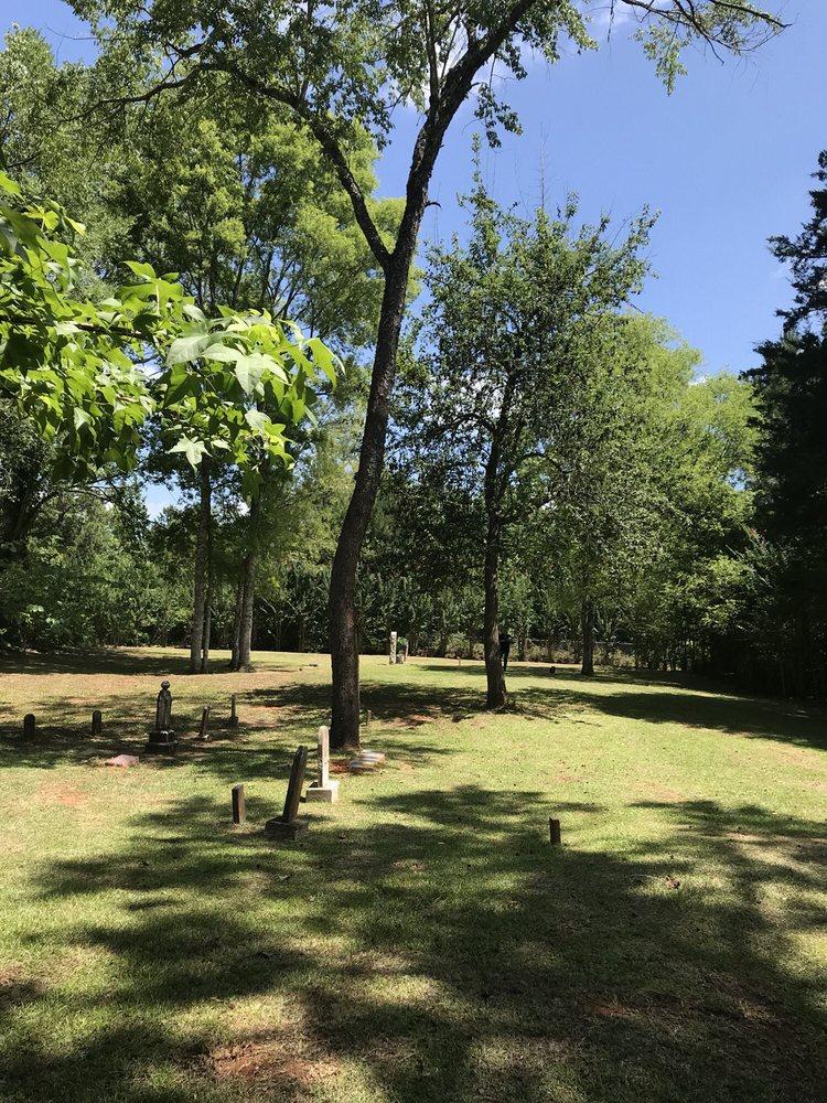 Brewer Cemetery: 13467 FM343, Cushing, TX
