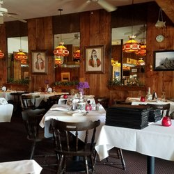 Photo Of Yiannis Greek Restaurant Claremont Ca United States Dining Room