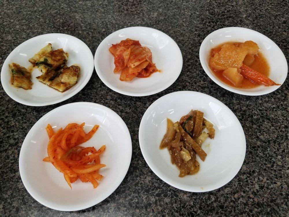 KJ Sushi & Korean BBQ: 3223 N College Ave, Fayetteville, AR