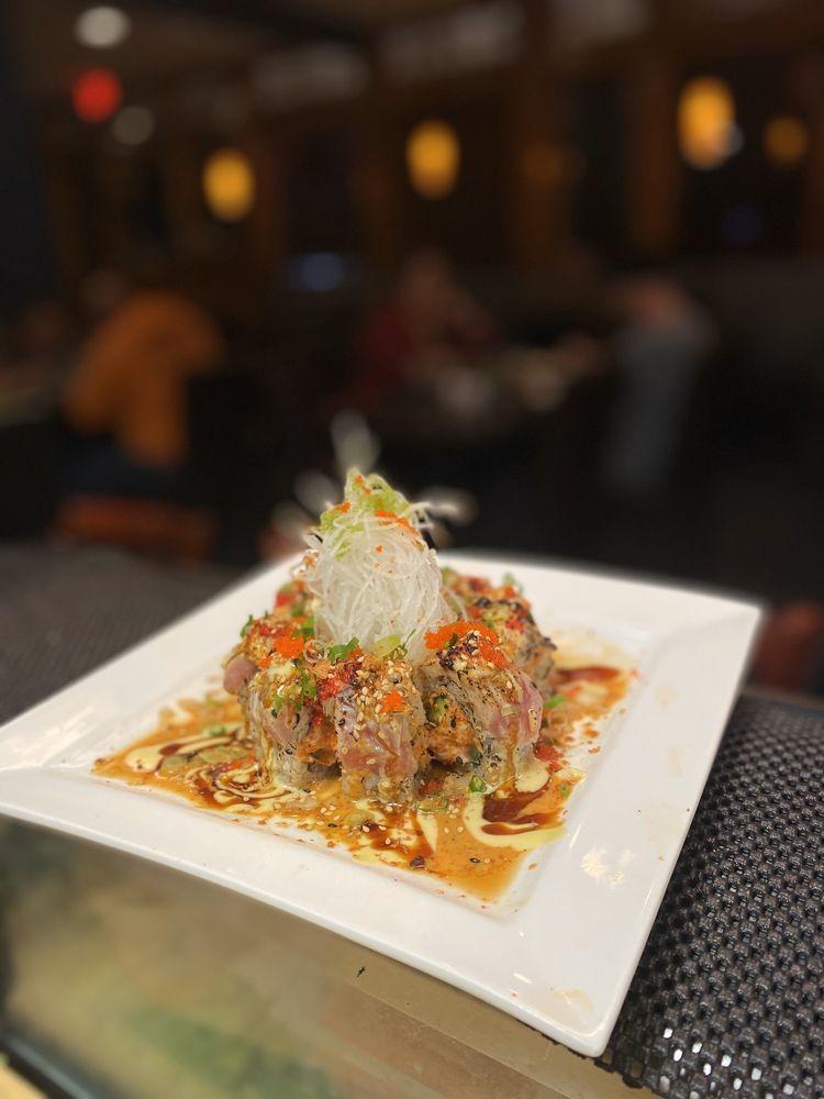 Food from Sake Sushi
