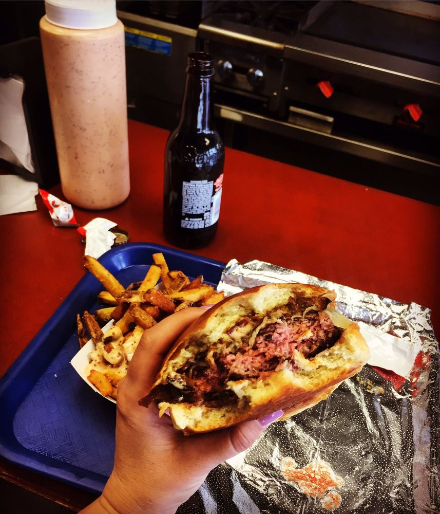 Loaded Burgers-N-BBQ: 101 Center St, Garwood, NJ