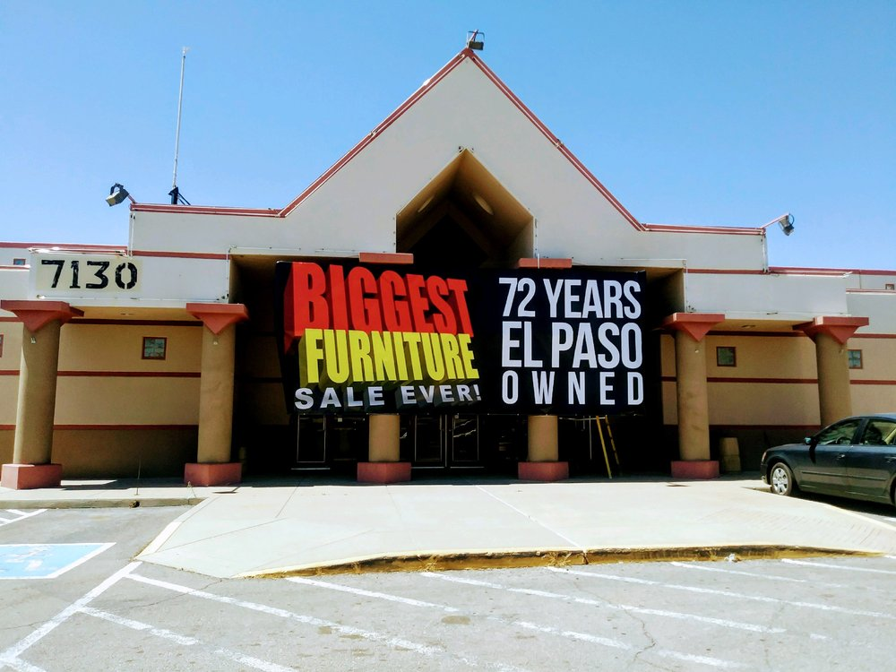 New Deal Furniture Retail Store