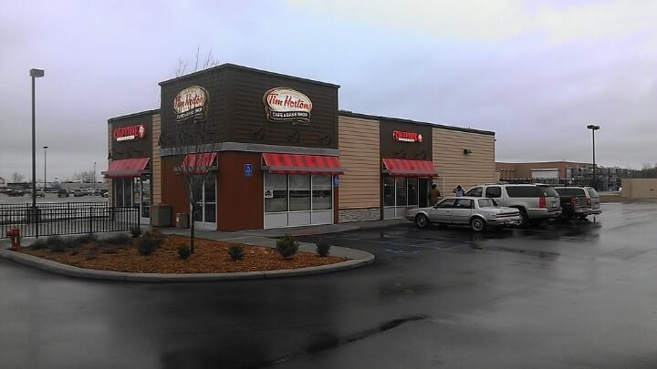 Tim Hortons: 7642 N Alger Rd, Alma, MI