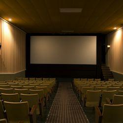 Estherville iowa movie theater