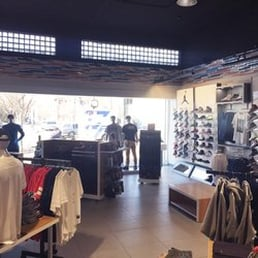 Clothing stores in newark nj