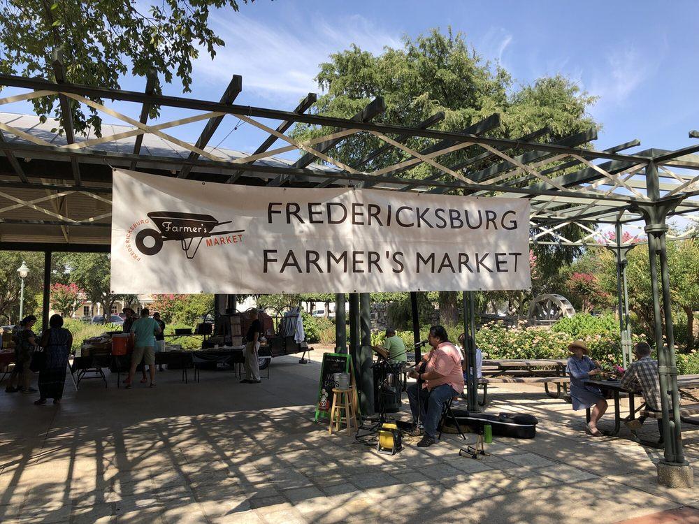 Fredericksburg Farmers' Market: 325 West Main St, Fredericksburg, TX