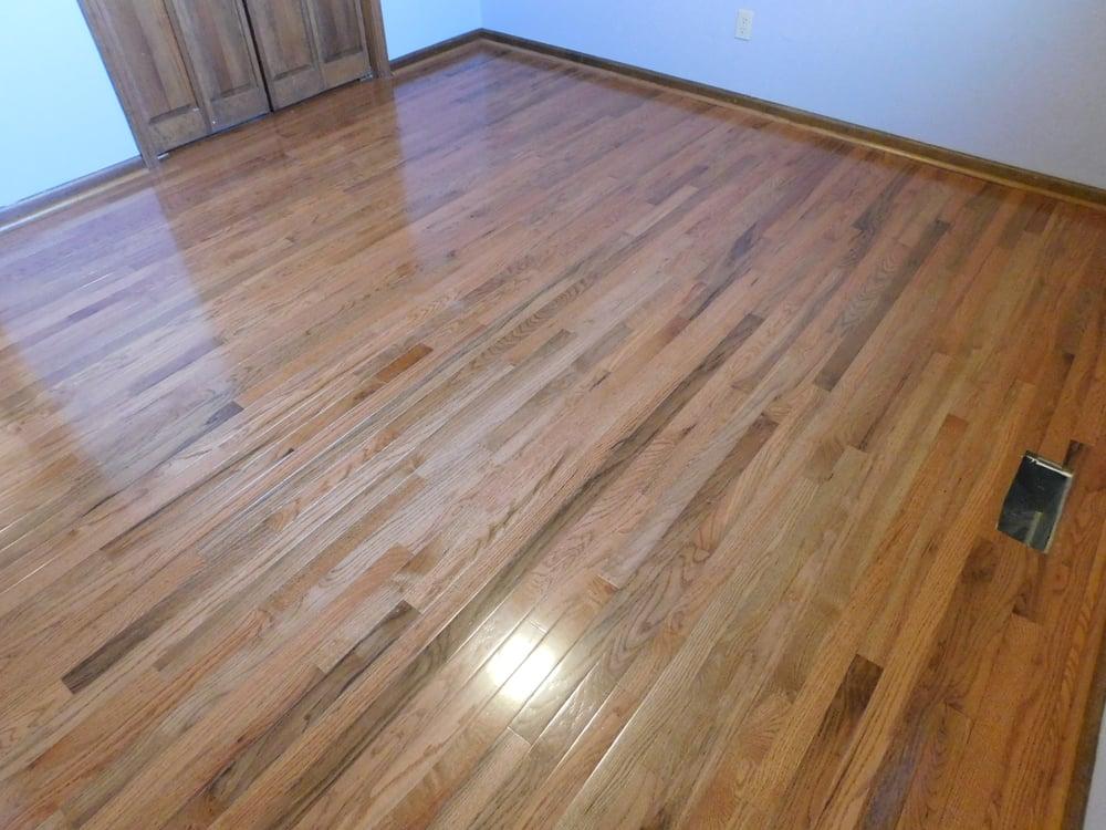 McCree Flooring & Home Improvement: Cambria, IL