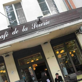 Le Grand Caf Ef Bf Bd De La Soierie Place Des Tapis Lyon