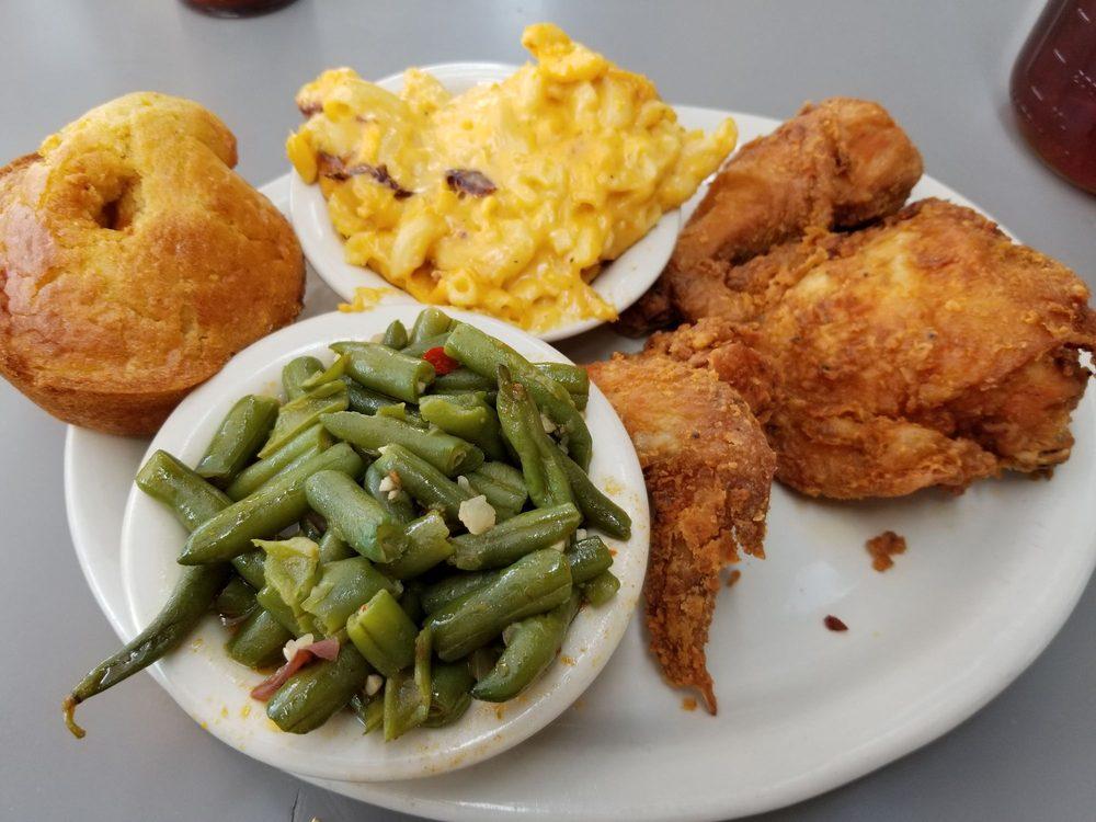 Lo-Lo's Chicken & Waffles: 401 E Jefferson St, Phoenix, AZ