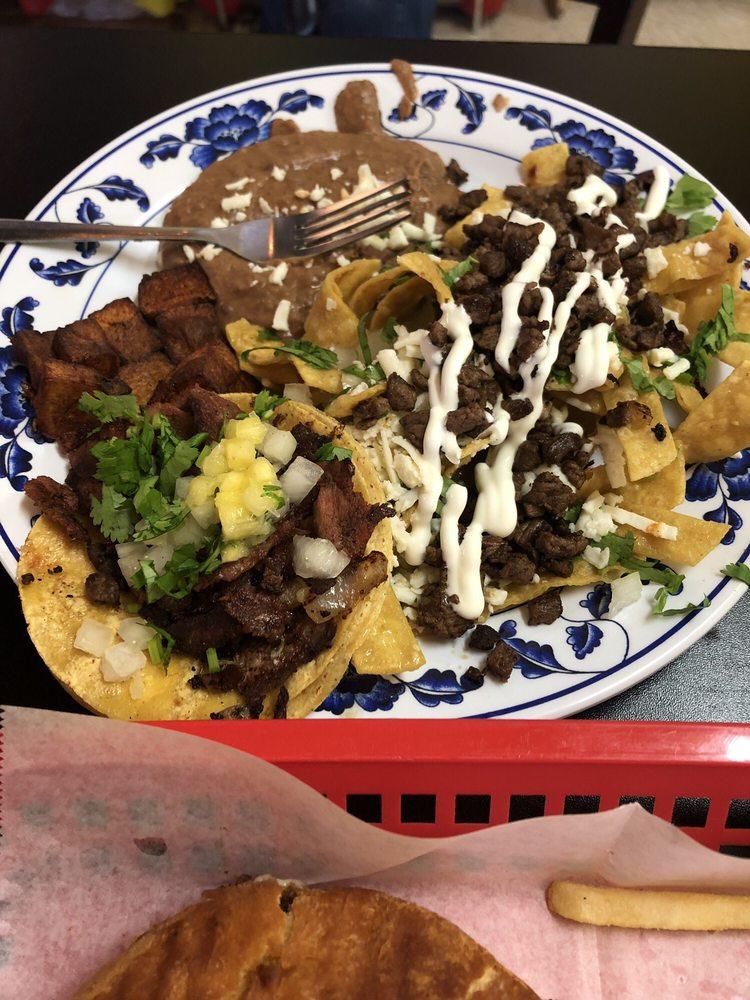 La Taqueria de Monterrey: 2715 Hillcrest Dr, San Antonio, TX
