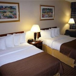 Photo Of Holiday Inn Hotel Lancaster County Denver Pa United States