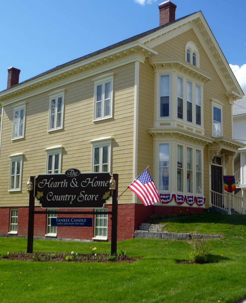 The Hearth & Home Country Store: 28 Cross St, Island Pond, VT