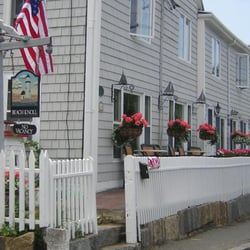Photo Of Beach Knoll Inn Rockport Ma United States Between The Beaches