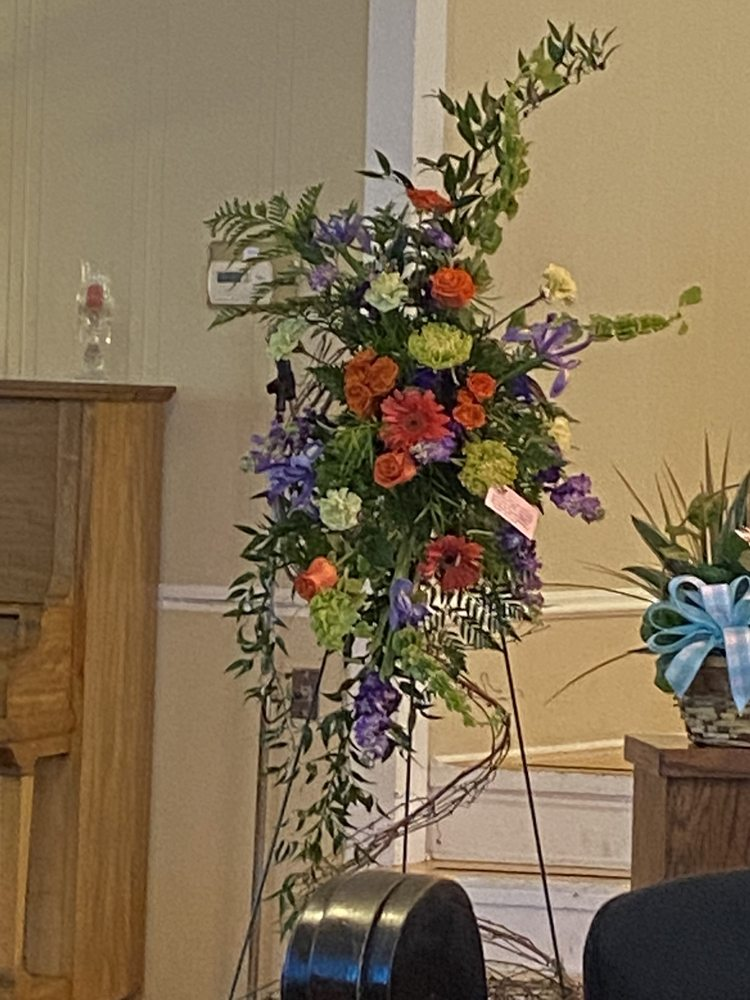 Kathy's Flowers & Gifts: 1720 E Main St, Humboldt, TN