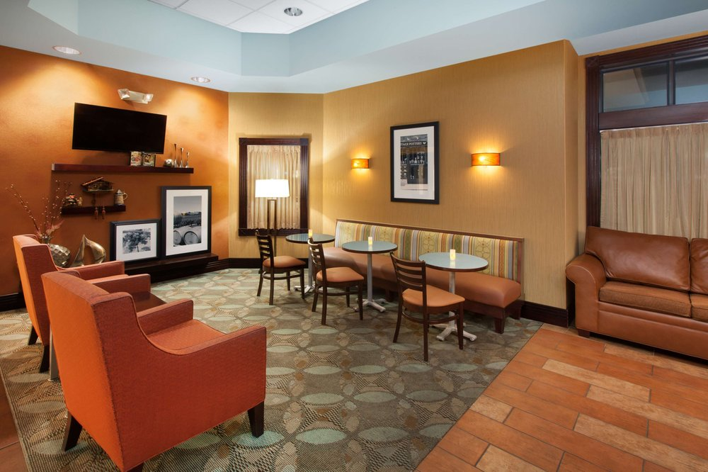 Hampton Inn Birch Run/Frankenmuth: 12130 Tiffany Blvd, Birch Run, MI