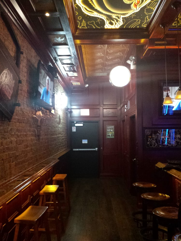 Drink and Ink: 4443 N Broadway, Chicago, IL