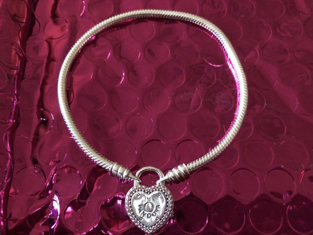 Pandora - 32 Photos & 48 Reviews - Jewelry - 98-1005 Moanalua Rd, Aiea, HI - Phone Number - Yelp