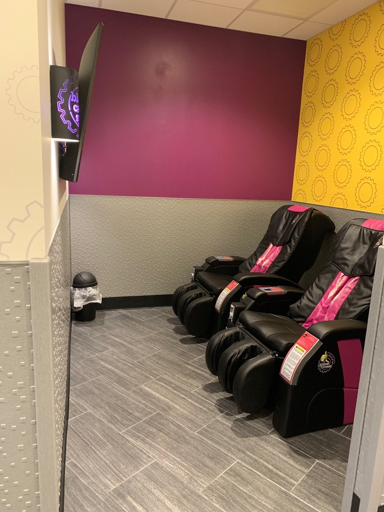 Planet Fitness: 175 Avenue A, Bayonne, NJ