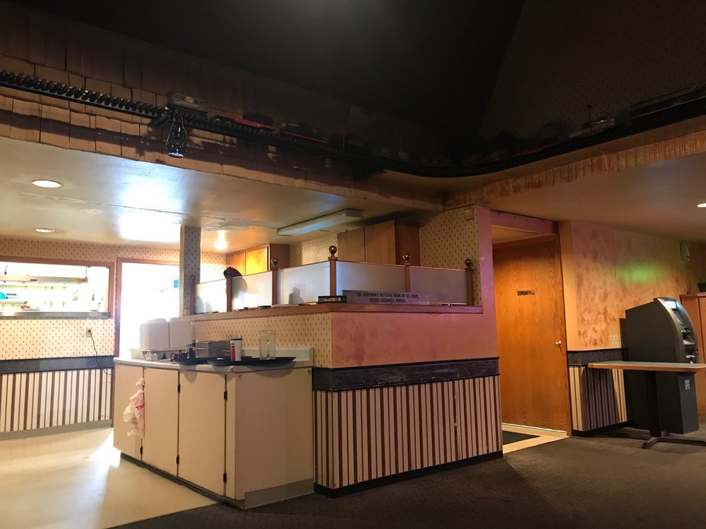 Social Spots from Boxcars Restaurant and Bar