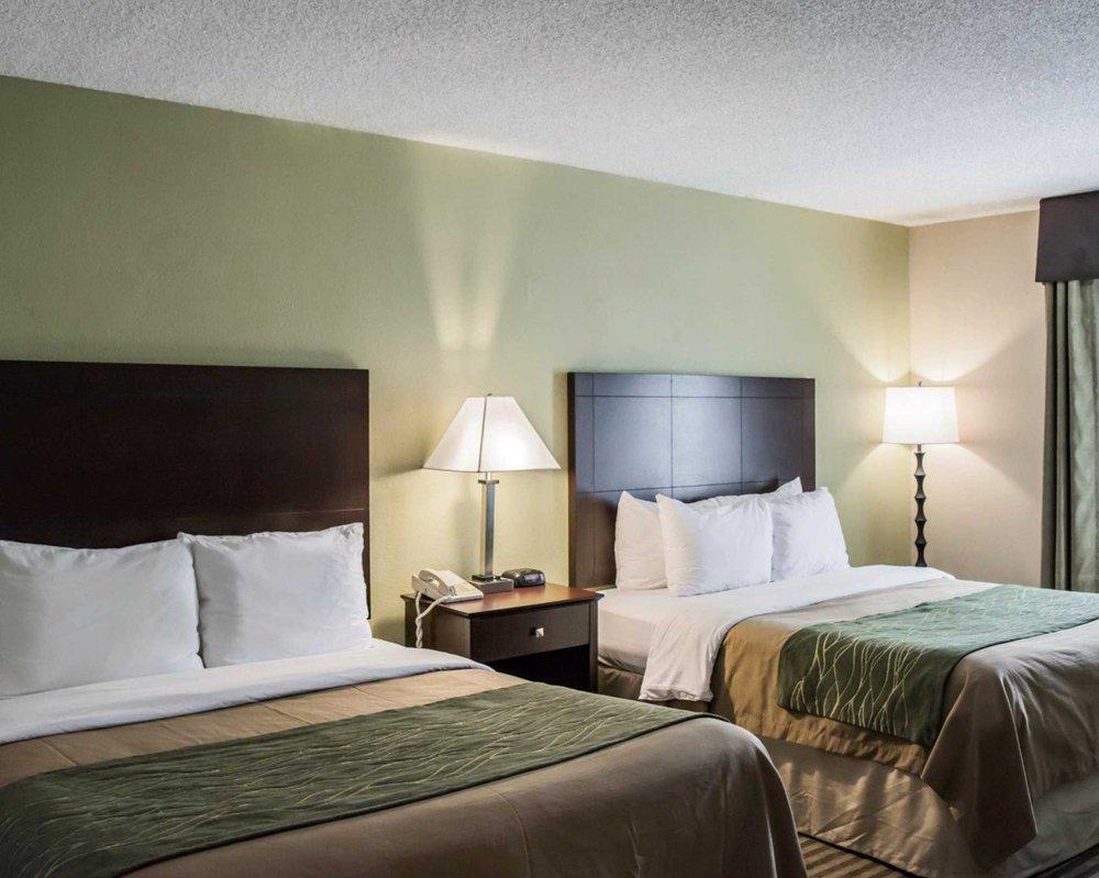 Comfort Inn & Suites Clearwater Pinellas Park: 3910 Ulmerton Rd, Clearwater, FL