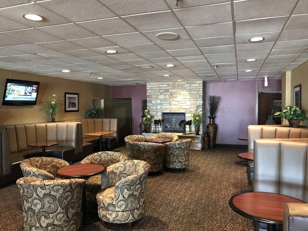 Ramada Hotel & Conference Center by Wyndham Mitchell: 1525 West Havens Avenue, Mitchell, SD
