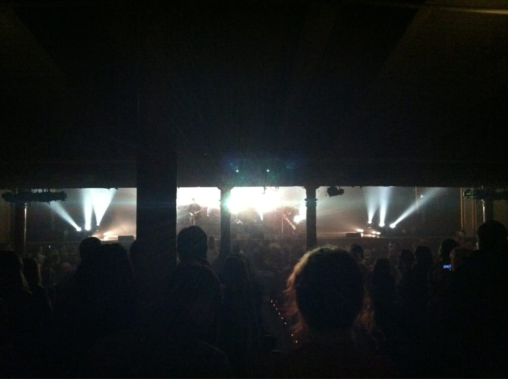 Obstructed View Seats 1 Amp 2 Section 5 Row W The Xx On