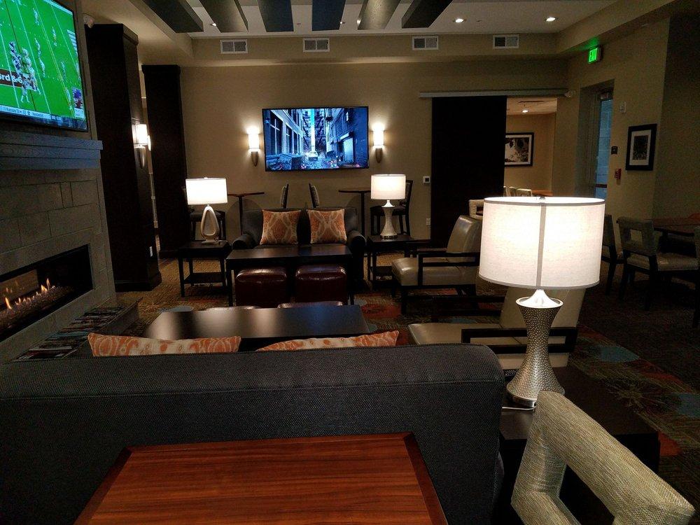 Staybridge Suites Madison - Fitchburg: 2916 Hardrock Rd, Fitchburg, WI