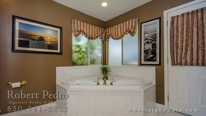 Robert Pedro at Signature Realty, Lic.#01179093 | 702 Marshall St, Redwood City, CA, 94063 | +1 (650) 368-8600