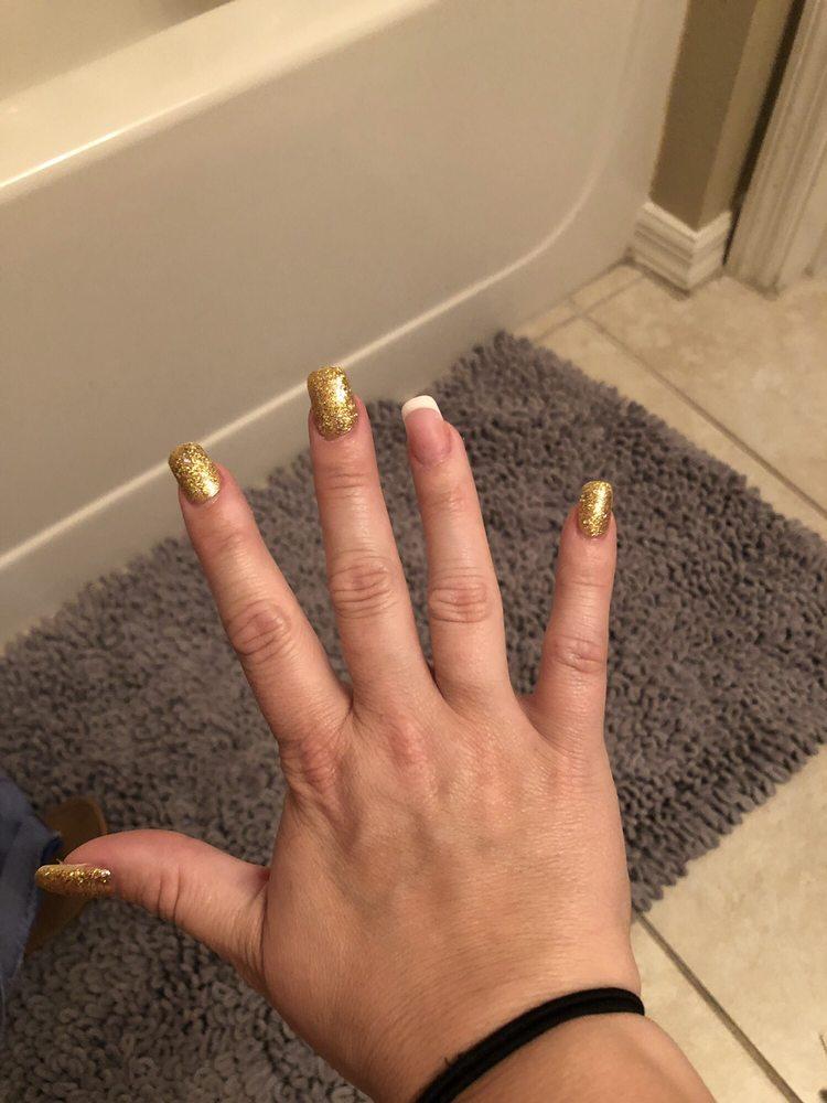 Golden Nails: 24049 Hwy 27, Lake Wales, FL