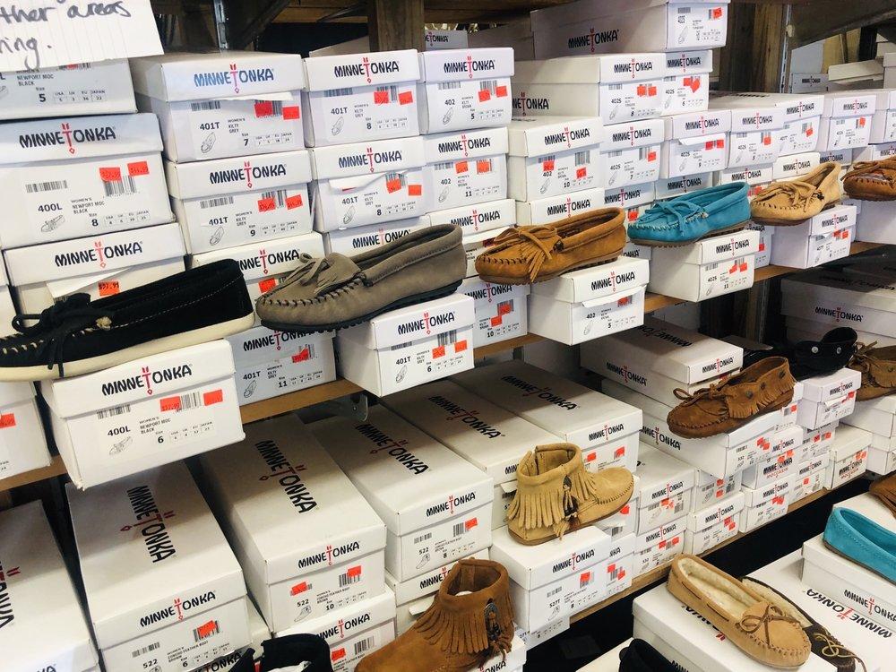 Nancys Indian Crafts & Leather Goods: 1061 Tsalagi Rd, Cherokee, NC