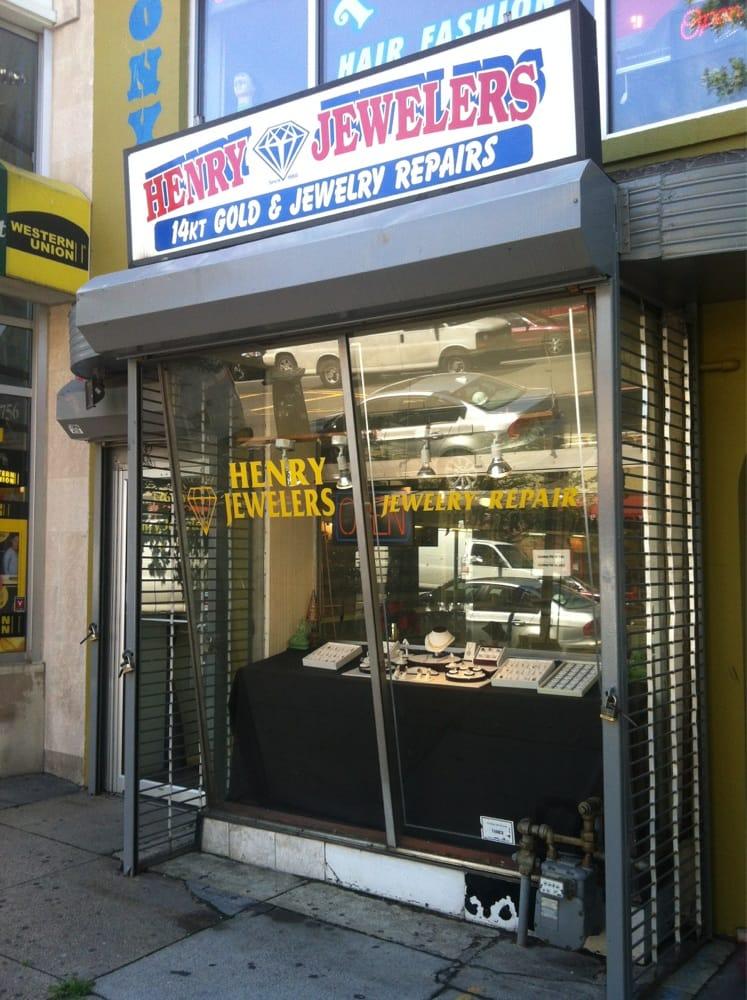 Henry's Jewelers