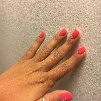 Traci s nails 77 photos 114 reviews nail salons for 77 salon oakland