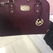 Michael Kors Outlet - 15 Photos   11 Reviews - Accessories - 2796 ... 5c365fca6e5e1