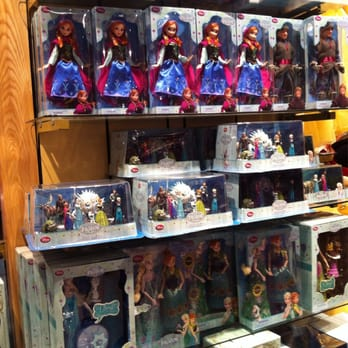 catalogo giocattoli disney store