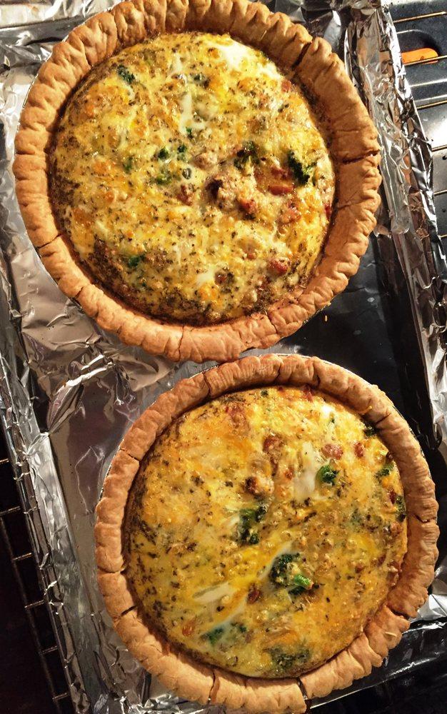 Key Food: 16405 69th Ave, Fresh Meadows, NY