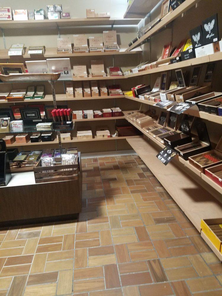 Fifth Earl Cigars: 485 Helena Marketplace, Helena, AL