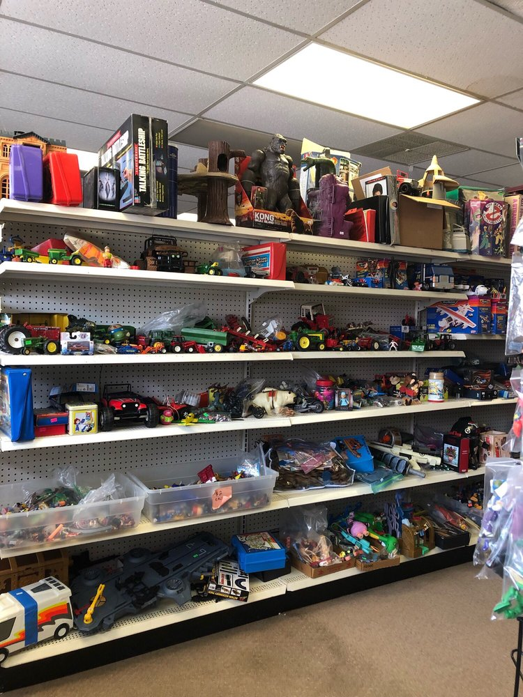 Replay Toys: 127 E Wisconsin Ave, Appleton, WI
