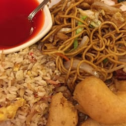 Photo Of Chan S Place Kirkland Wa United States Yakisoba With Fried Prawns