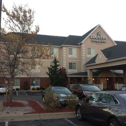 country inn suites hotels 2069 walker lake rd. Black Bedroom Furniture Sets. Home Design Ideas