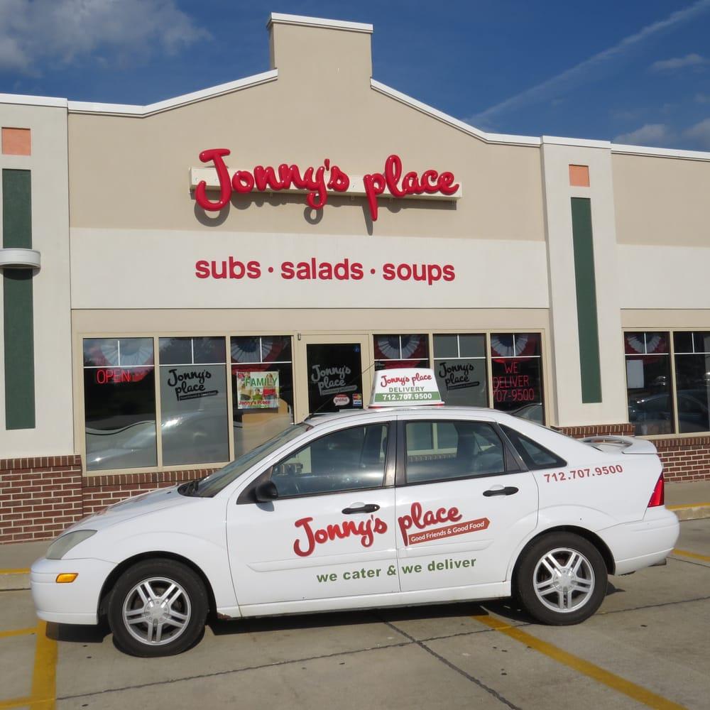 Jonny's Place: 813 Lincoln Ave SE, Orange City, IA